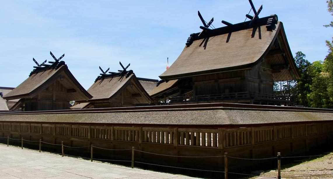 Izumo Shrine sanctuary showing rooflines and hallway